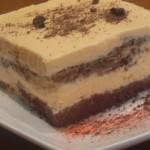 Sobre bizcocho de chocolate