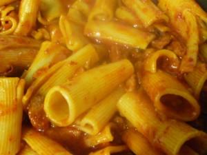 rigatoni en salsa picante (1)